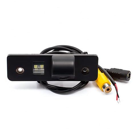 Автомобильная камера заднего вида для Skoda Превью 3